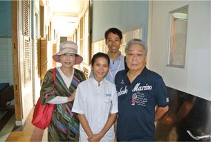 NGOのカンボジア人スタッフと